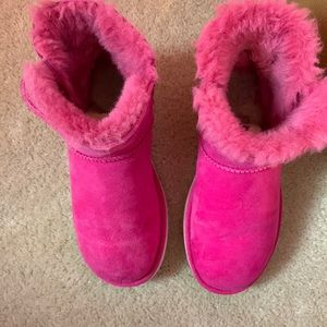UGG Shoes - Pink Mini Bailey Button Uggs